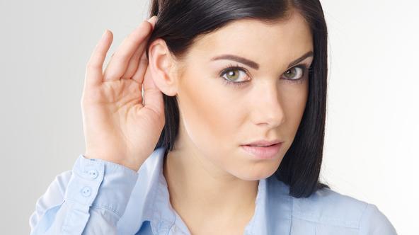 Czy występują u Ciebie objawy ubytku słuchu ?